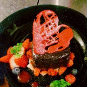 真っ赤なハートのバレンタインケーキ