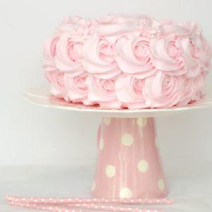ピンクのケーキ