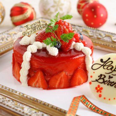 真っ赤なクリスマスケーキ